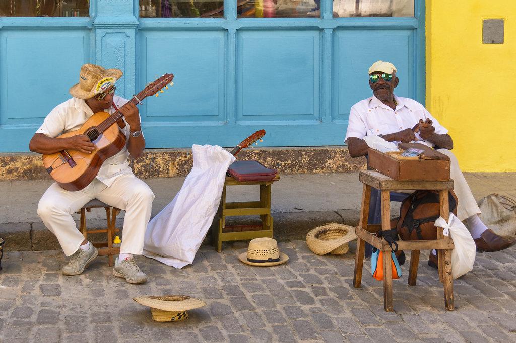 6. Havana - Straatmuziekanten